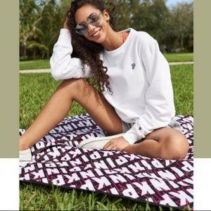 PINK Victoria's Secret packable picnic blanket NIP